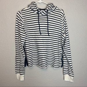 Abercrombie & Fitch blue and cream stripped hoodie